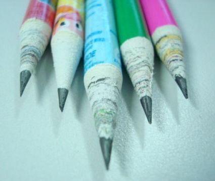 карандаши из газет от компании O'bon