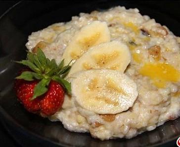 Полезный завтрак - бодрость на весь день.