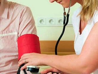 Инсульт: симптомы, первая помощь.