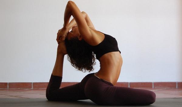 Уроки хатха йоги для начинающих.